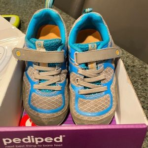 Force Grey Blue pediped sneaker size 26 or 9-9.5